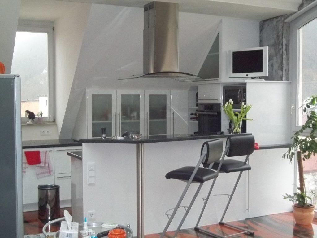 Küchen- und Badmöbel - CM-Tischlerei