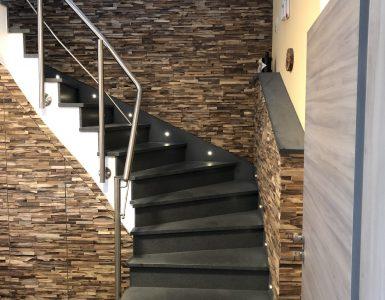 Treppenunterschrank und Verkleidung